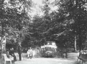 Das Quellhäuschen um 1900